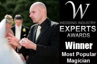 Magician David Fox performing magic at a wedding in the Midlands.